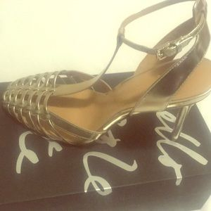 Gold T-Straps beautiful high heels!!!!!